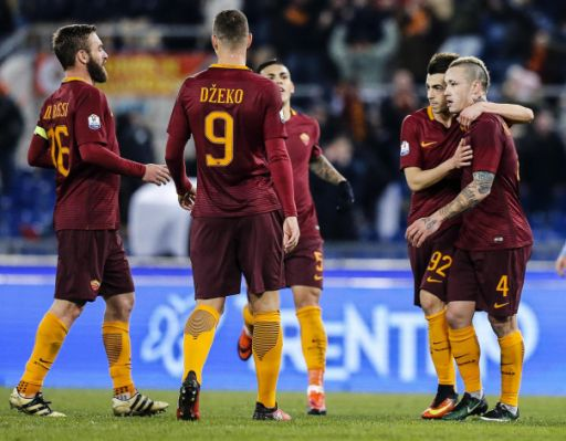 "AS Roma vs Fiorentina: Skor 4-0 "" AS Roma Cukur Fiorentina di Olimpico """